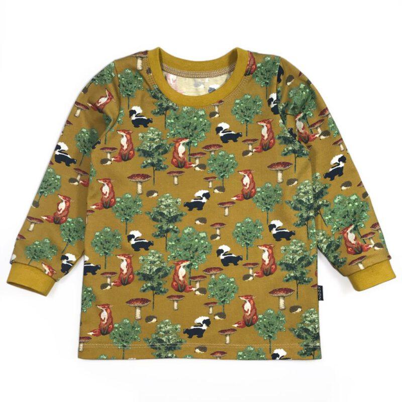 Mosterdgeel shirt met lange mouwen met vosjes en stinkdieren, egels en paddenstoelen