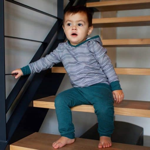 Handgemaakte Jongenskleding Biologische Stoffen Grijs met Golvenprint Zeeblauw Gemêleerd